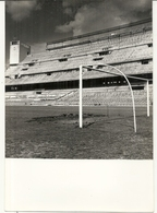 FOOT BALL . STADE DU REAL DE MADRID EN 1960 - Deportes