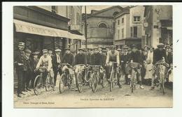 88 - Vosges - Darney - Société Sportive De Darney - Course Cycliste- Le Départ - Beau Plan - - Darney