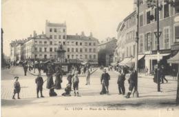 CPA Lyon - Place De La Croix-Rousse - Non Circulée - Lyon 4
