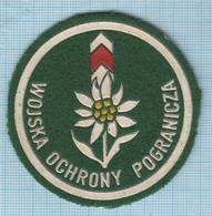 POLAND / Patch Abzeichen Parche Ecusson / Border Troops. WOP. Wojska Oohrony Pogranicza Edelweiss Polska 1970-1991 - Blazoenen (textiel)