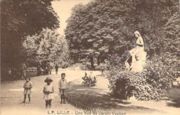 59 NORD Groupe D'enfants Au Jardin Vauban De LILLE - Lille