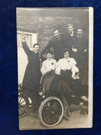 """Cpa Photo---""""Famille Sur Oldmobile 5 Hp De 1904"""" - Cartes Postales"""