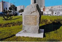91 - RIS ORANGIS : Le Monument De SALVADOR ALLENDE - CPSM Grand Format - Essonne - Ris Orangis