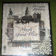 Blok 203** De Grote Markt Van Brugge 4285/89** La Grand Place De Bruges (feuille Avec Des Surtaxes) - Neufs