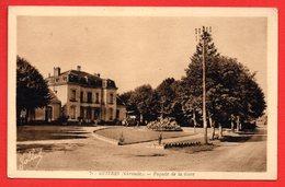 33. Guîtres. Place De La Gare ( 1874). - Autres Communes