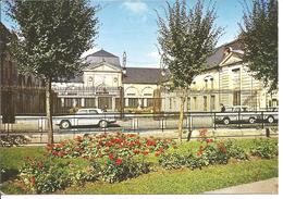 STAINS - La Mairie - Voiture : Renault 4 L - Peugeot 404 - Stains