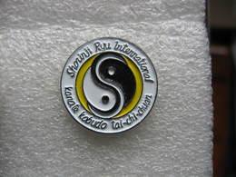 Pin's Club De Karaté SHORINJI RYU INTERNATIONAL Kobudo Tai-chi-chuan - Judo