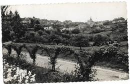 BENEVENT-L'ABBAYE Arrivée Route De Grand-Bourg Ed. Jouannet, Envoi 1957, Cpsm Pf - Benevent L'Abbaye