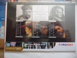 (2) NEDERLAND NIEDERLANDE NETHERLANDS 2006 Postzegelmapje 337 * 400 JAAR REMBRANDT* Presentation Pack POSTFRIS MNH - Neufs