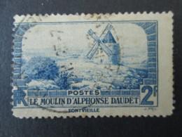 FRANCE Timbre 1936 Variété Décentré Le Moulin D'Alphonse Daudet - Variétés: 1931-40 Oblitérés
