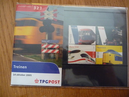 (2) NEDERLAND NIEDERLANDE NETHERLANDS 2005 Postzegelmapje 323 * TREINEN  * Presentation Pack POSTFRIS MNH - Periode 1980-... (Beatrix)