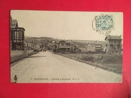 Entréé De L' Arrivée à POURVILLE En 1905, Route Avec Carriole Au Loin Commune De HAUTOT SUR MER Près De Dieppe - Francia
