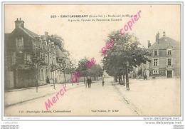 44. CHATEAUBRIANT . Boulevard De L'Eperon . A Gauche Entrée Du Pensionnat Nazareth . CPA Animée . - Châteaubriant