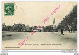 44. CHATEAUBRIANT . Place Des Terrasses Et Les Promenades . CPA Animée . - Châteaubriant