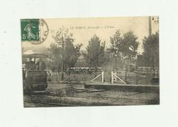 33 - LE PORGE - TOP CP - Rare L'usine Animé Arriere D Un Train Bon état - Francia