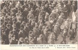 Dépt 10 - BAR-SUR-AUBE - Manifestation Des Vignerons De L'Aube Le 19 Mars 1911 - Les Élus De L'Aube Dans Le Défilé - Bar-sur-Aube