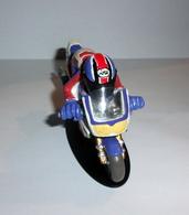 "Figurine Joe Bar ""Charly Mande Et Sa Honda 900 Cbr Fireblade"" N°51 - Figurines"