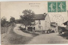 Docelles  88   La Rue De Tendon Bien Animée - Other Municipalities