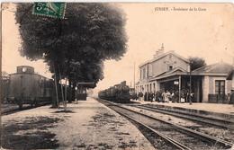 JUSSEY-INTERIEUR DE LA GARE AVEC LE TRAIN - France