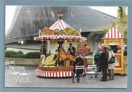 1 - Rouen - CPM - Place Du Vieux-Marché - Manège  - Neuve. - Rouen