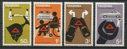 TANZANIE 1978  N° 101/104 Neufs MNH Superbes C 5 € Voitures Cars Sécurité Routière Boire Ou Conduire Signalisation Trans - Tanzania (1964-...)