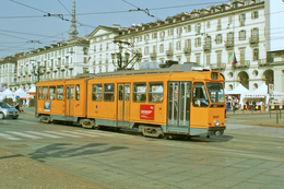 Turin (Italie)  Tramway De Turin - 03/2012 -  Piazza Vittorio Veneto Ligne N°15 - Rame N° 2887 (type 2800 – 2eme Série) - Tramways
