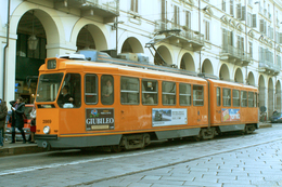 Turin (Italie)  Tramway De Turin - 03/2012 -  Via Po Ligne - N°15 - Rame N° 2869 (type 2800 – 2eme Série) - Transports