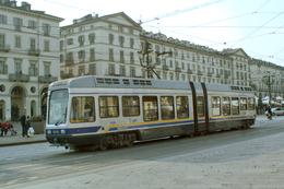 Turin (Italie)  Tramway De Turin - 03/2012 -  Piazza Vittorio Veneto Ligne N°15 - Rame N° 5006 (type T.P.R.) - Transports