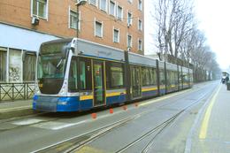 Turin (Italie)  Tramway De Turin - 03/2012 - Via Paolo Sacchi - Ligne N°4 - Rame N° 6027 (type Alstom Cityway) - Tramways
