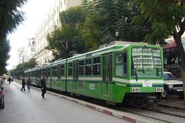 Tunis (Tunisie)  Tramway De Tunis - Décembre 2005 - Rame M.113 (Siemens Type Hanovre) - Tunisie