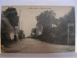 CPA 37 INDRE ET LOIRE VOU ROUTE DE LOCHES ANIMEE 289 - Frankrijk
