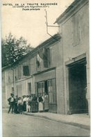 16 - Le Gond Près Angoulême : Hôtel De La Truite Saumonée - Façade Principale - France