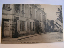 CPA 37 INDRE ET LOIRE VOU ROUTE DE MANTHELAN TABAC 296 - France