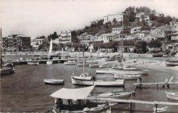 83 VAR Lot De 2 Cartes Du Port Du LAVANDOU édition Mar  Cpsm - Le Lavandou