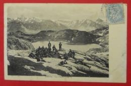 64 Urdos 1907 Lac D'Astu Douaniers Ou Militaires TB Animée Dos Scanné éditeur Hôtel De La Poste Urdos - France