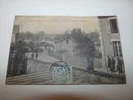 HAUTE VIENNE LIMOGES GREVES DE LIMOGES MAI 1905 LA RUE D'AUZETTE GARDEE PAR LA GENDARMERIE - Limoges