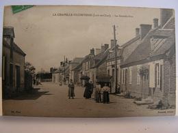 CPA 41 LOIR ET CHER LA CHAPELLE VICOMTESSE LA GRANDE RUE ANIMEE 316 - France