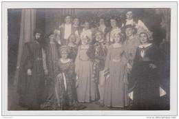 CARTE PHOTO STUDIO RENOUARD POITIERS THÉÂTRE DÉGUISEMENT TROUPE THÉATRALE PÉRIODE RENAISSANCE - THEATER COSTUME DISGUISE - Theatre, Fancy Dresses & Costumes