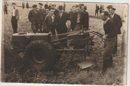 CPA   TRACTEUR  STAUB CARTE PHOTO - Tracteurs