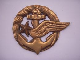 Plaque-Insigne Aéronavale En Laiton (145 Grammes) - Militaria