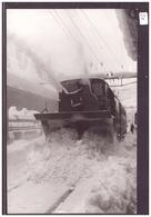 PHOTO 13x20 Cm - VALLORBE - TRAIN CHASSE NEIGE A LA GARE - BAHN - TB - VD Vaud