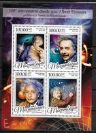 MOZAMBIQUE Feuillet N° 7082/85 * *  ( Cote 17e ) Physique Albert Einstein - Albert Einstein