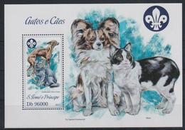 K325. Sao Tome And Principe - MNH - 2013 - Nature - Animals - Cats - Dogs - Bl. - Pflanzen Und Botanik