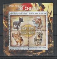 I719. Niger - MNH - 2013 - Nature - Fauna - Animals - Pets - Dogs - Pflanzen Und Botanik