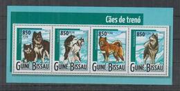 H719. Guinea-Bissau - MNH - 2015 - Nature - Animals - Dogs - Pflanzen Und Botanik