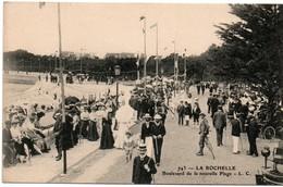 La Rochelle - LC N°743 - Boulevard De La Nouvelle Plage - élégantes Et Canotiers - La Rochelle