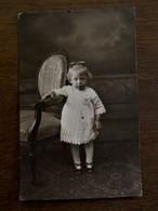 Antieke FOTO--postkaart Van Klein Kindje Door Fotograaf  M . DRIESENS  WAEREGHEM - Waregem