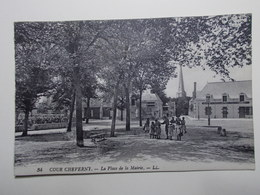 Carte Postale - COUR CHEVERNY (41) - Place De La Mairie (3777) - Cheverny