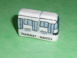 Fèves / Pays / Régions : Tramway , Nantes 2004    T2 - Regioni