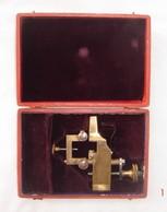 Outil D'horloger En Bronze à Forger Les Roues. Dans Sa Boîte. Début XXème Siècle. Bon état. - Joyas & Relojería